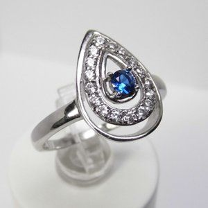 Pear Halo Engagement Simulated SAPPHIRE Silver